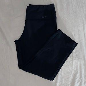 Nike Dry-fit workout Capri